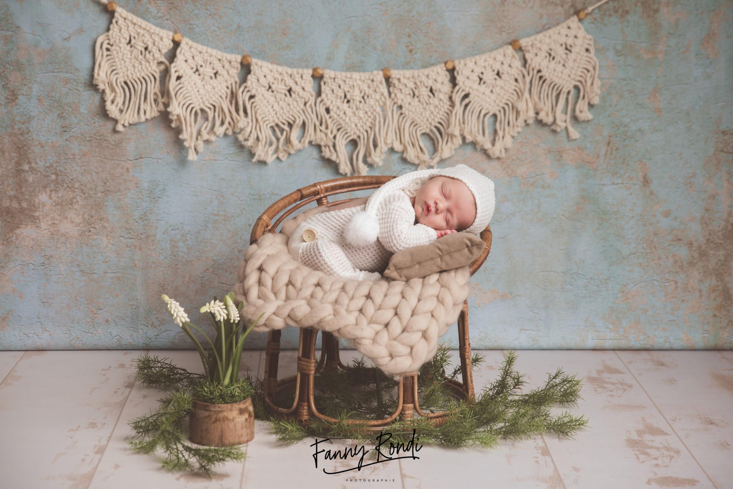 nouveau né endormi Dijon