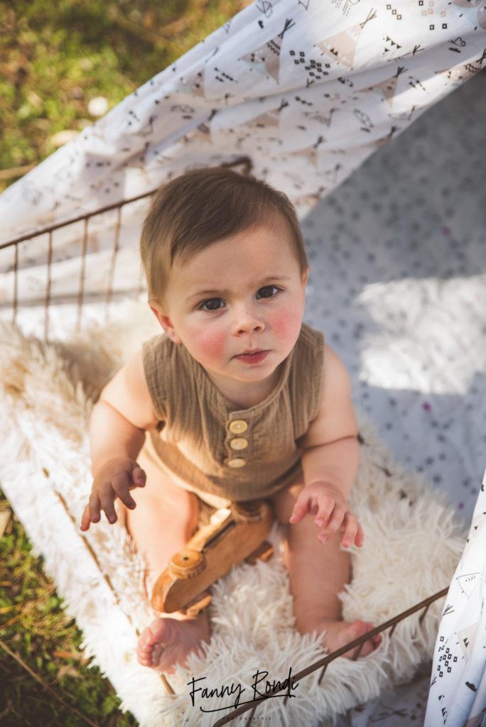 bébé assis Dijon